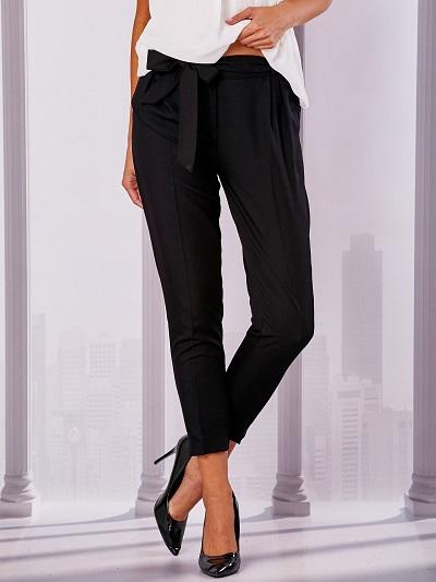 Damskie spodnie do pracy: modele